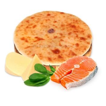 Осетинский пирог с семгой, сыром и шпинатом