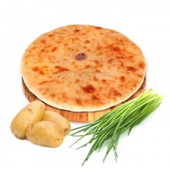 Осетинский пирог с картошкой и зеленым луком