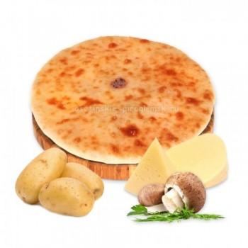 Осетинский пирог с картошкой, сыром и грибами