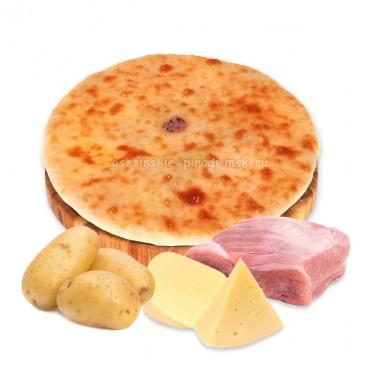 Осетинский пирог с индейкой, сыром и картошкой