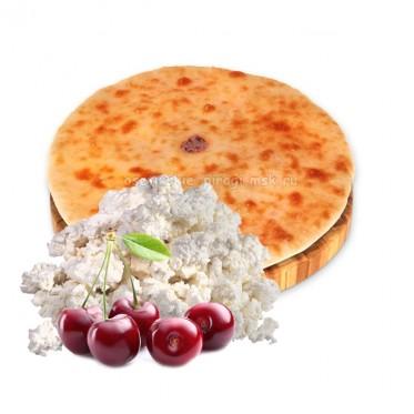 Осетинский пирог с творогом и вишней