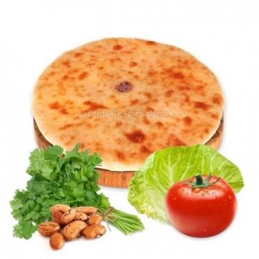 Осетинский пирог с фасолью, капустой, помидорами и кинзой